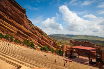 Una veduta del Red Rock Amphitheatre di Denver