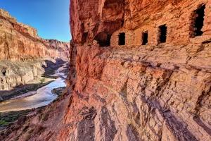 Granai Pueblo lungo il Nankoweap Trail del Grand Canyon, Arizona