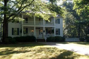 Letteratura Southern Stately Oaks Planation