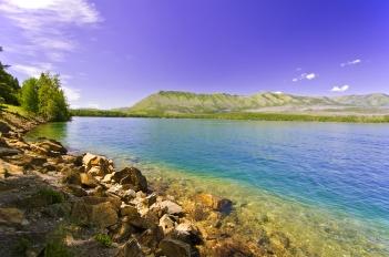 Le acque del Lago Flathead, Montana, sono considerate fra le meno inquinate al mondo