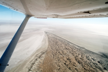 Una veduta aerea dell'incredibile Lake Eyre, South Australia