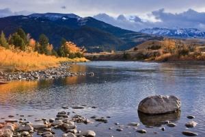 Libri Rocky Mountains Gardiner River Montana In mezzo scorre il fiume Norman Maclean